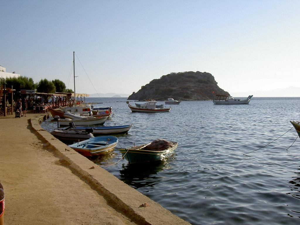 Gumusluk charming fishing port near bodrum turkey for Port a fishing